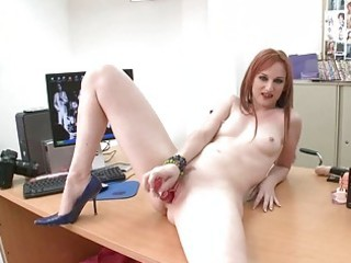 sexy redhead d like to fuck playgirl roughly