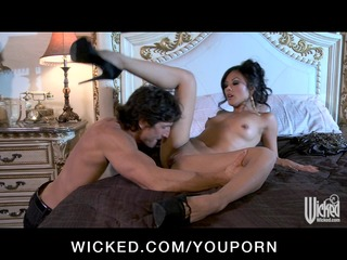 hot & horny oriental wife kaylani lei loves